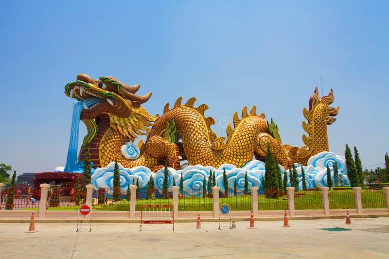 Porcelaine de dragon photos stock
