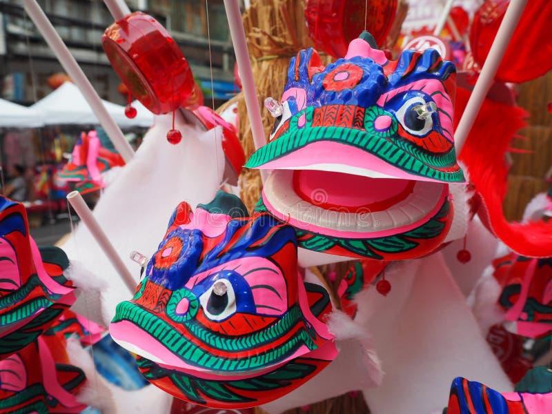Porcelaine principale de dragon de danse de plan rapproché photos libres de droits