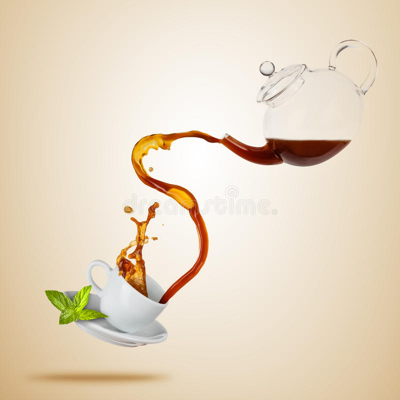 Free Porcelaine White Cup With Splashing Tea, Separated On Brown Background. Stock Photography - 91784742