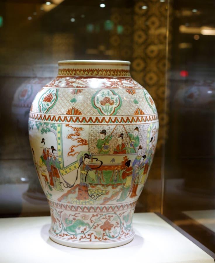 Porcelana antigua china de la escena de la vida fotos de archivo libres de regalías