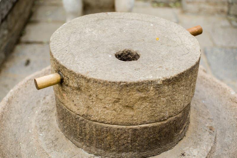 Porcelanowego kamienia młyn zdjęcia royalty free