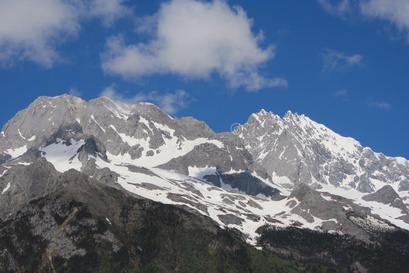 porcelanowy góry śniegu yulong Yunnan fotografia royalty free