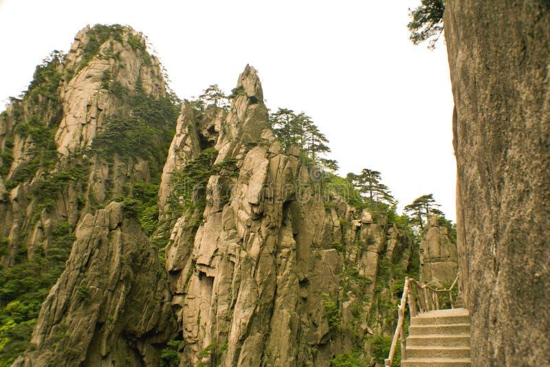porcelanowy Huangshan ślad trekking zdjęcia stock