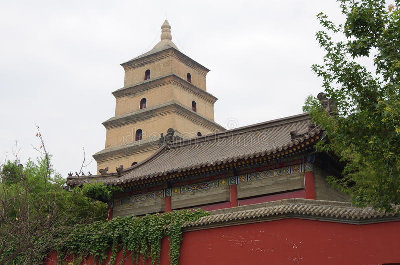 Porcelanowy Shaanxi xi. 'dzika gęsia pagoda, muzyczna fontanna obrazy royalty free