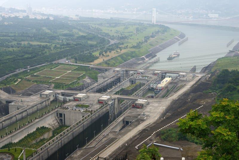 porcelany grobelny wąwozów kędziorków statek trzy podróżuje Yangtze obrazy royalty free