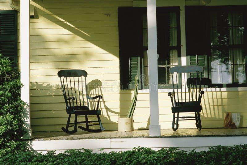 Porche avant de maison images libres de droits