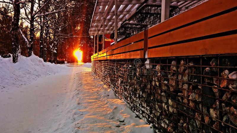 Porche de coucher du soleil/lumia 640xl et x28 de terrasse ; mobile& x29 ; image libre de droits