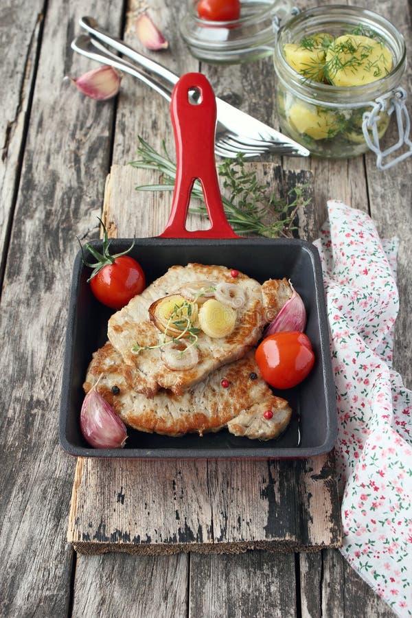 Download Porción De Carne Frita Fresca Foto de archivo - Imagen de delicioso, homemade: 41905510