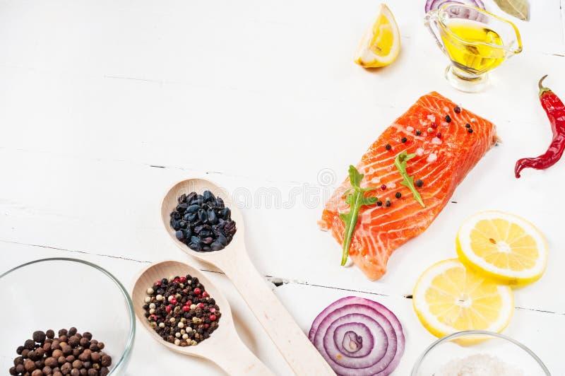 Cocinar Salmon Fresco | Porcion Deliciosa De Prendedero De Color Salmon Fresco Con Las