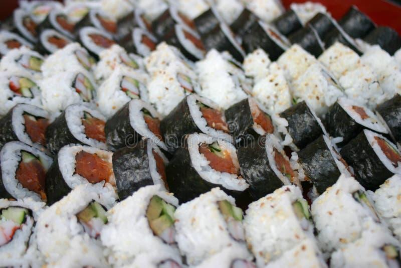 Porciones de sushi fotos de archivo libres de regalías
