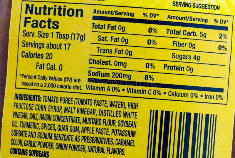 Porciones del sodio de la etiqueta de la comida de los hechos de la nutrici?n fotografía de archivo libre de regalías