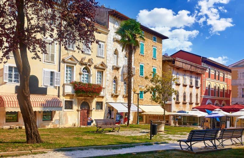 Porec, Croatia Case antiche in vecchia città immagine stock libera da diritti