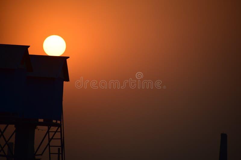 Pores do sol apenas uau imagens de stock