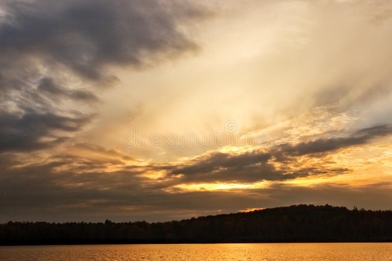 Pores do sol canadenses imagens de stock royalty free