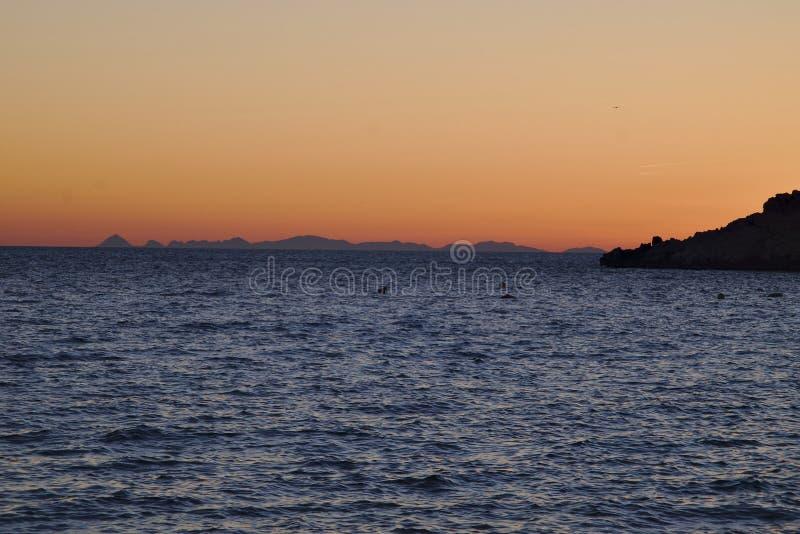 Pores do sol em Ibiza Balearic Island imagens de stock royalty free