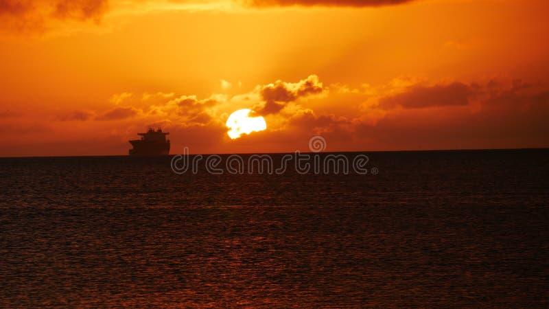 Pores do sol em Saipan fotografia de stock royalty free