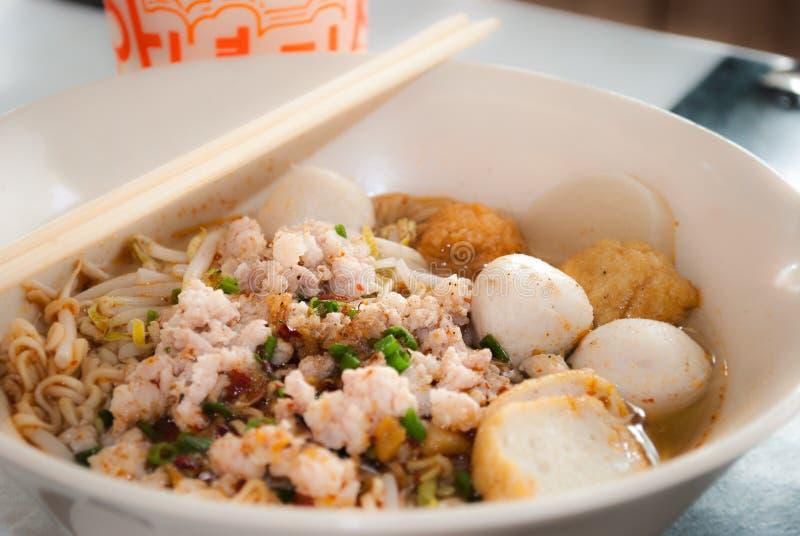 pork för bbq-matmalaysia nudel royaltyfri bild
