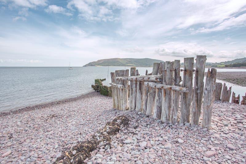 Porlock在夏天exmoor的测流堰海滩 免版税库存照片