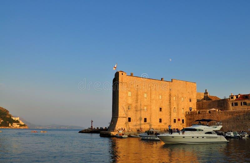 Porporela和灯塔在日落 免版税库存照片