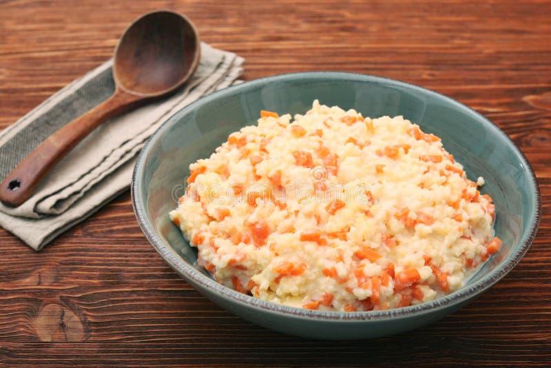 Porridge del miglio con la zucca fotografie stock libere da diritti