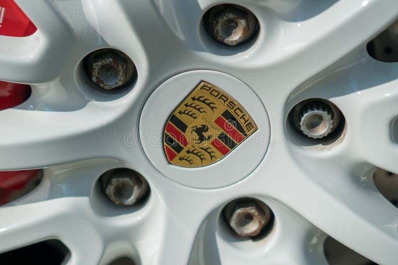Porsche-Autoemblem lizenzfreies stockfoto