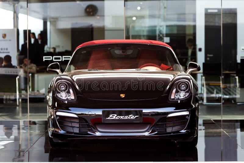 Porsche-Autos für Verkauf stockfoto