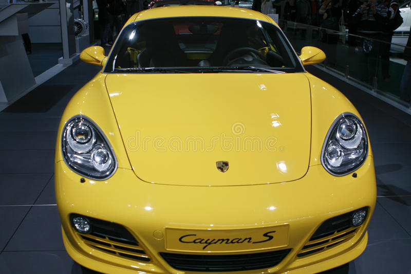 Download Porsche Cayman S editorial image. Image of cylinder, bumper - 15898950