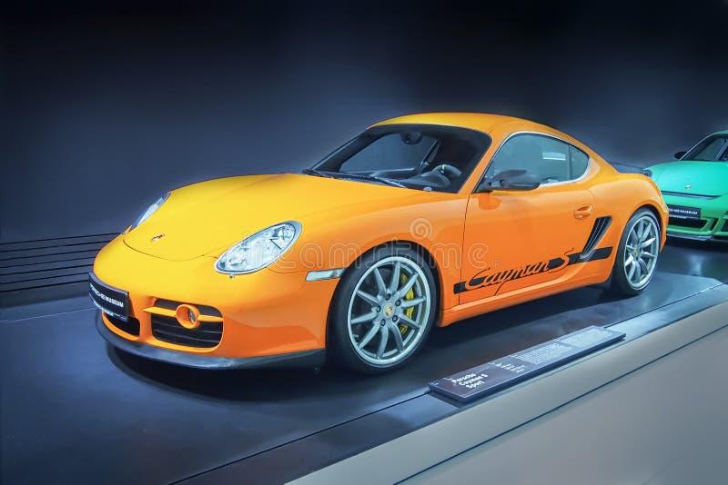 Porsche Cayman S sport arkivbild