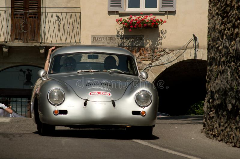 Porsche 356A Ferdinand in Bergamo historischer Grandprix 2017 lizenzfreies stockbild