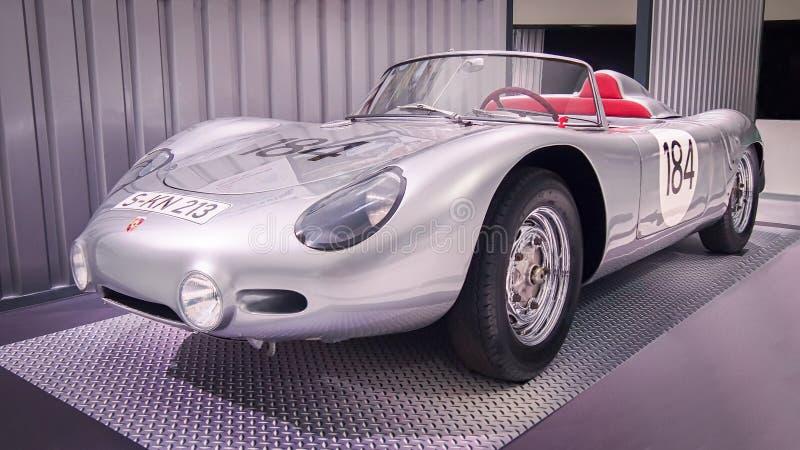 Porsche 1960 718 RS 60 Spyder stockfotos