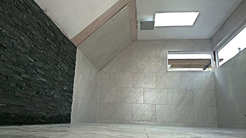 Porselein het betegelen woodfall tegels verdeelde gezichtsstijl stock foto