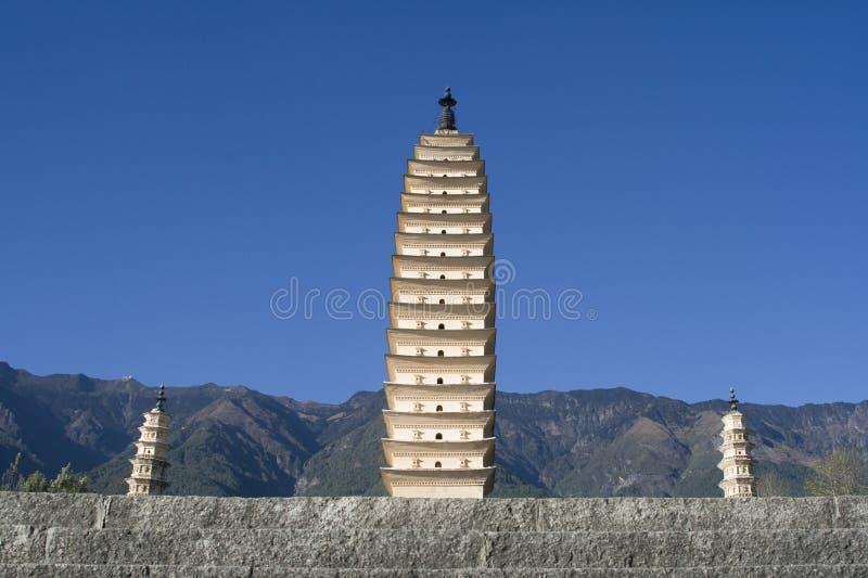 porslindalipagodas tre yunnan royaltyfria foton