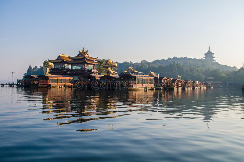 porslinhangzhou xihu royaltyfria bilder