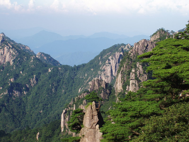 porslinhuangshan landskap royaltyfria foton