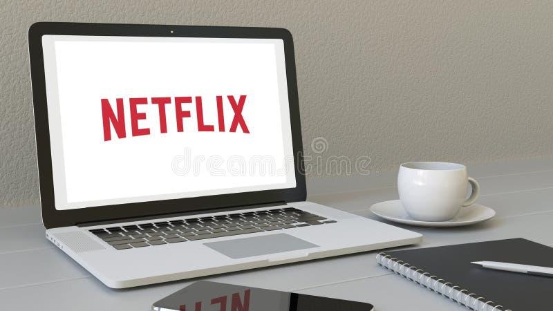Portátil com logotipo de Netflix na tela Rendição conceptual do editorial 3D do local de trabalho moderno ilustração royalty free