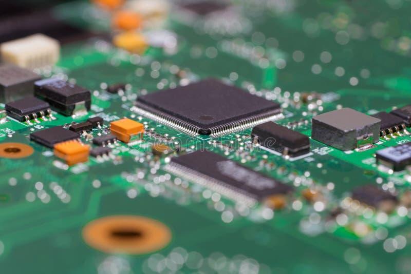 Portátil moderno do cartão-matriz, close-up da microplaqueta de Multicontroller foto de stock royalty free