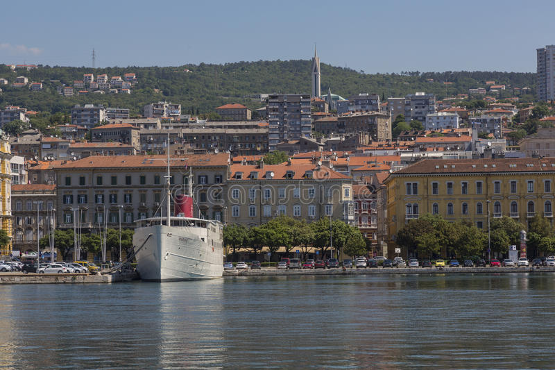 Port à Rijeka, Croatie sur l'Adriatique images libres de droits