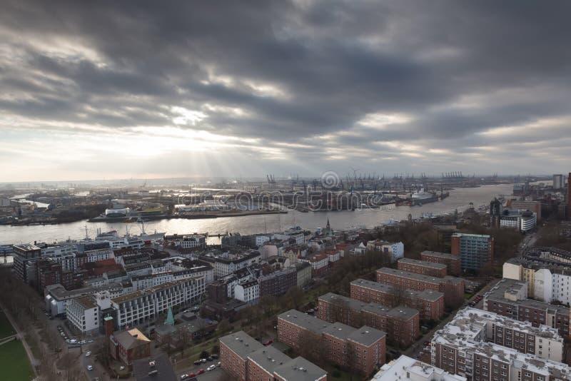 Port Allemagne de Hambourg d'en haut image libre de droits
