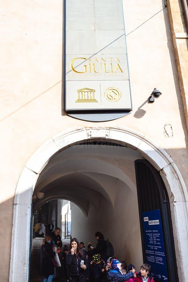 Port av kloster av Santa Giulia i Brescia royaltyfri foto