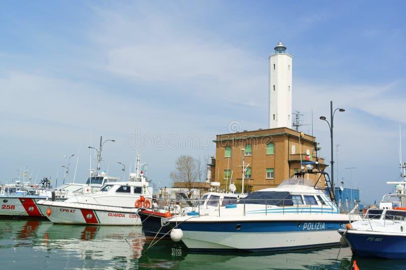 Port av Marina di Ravenna, Italien fotografering för bildbyråer