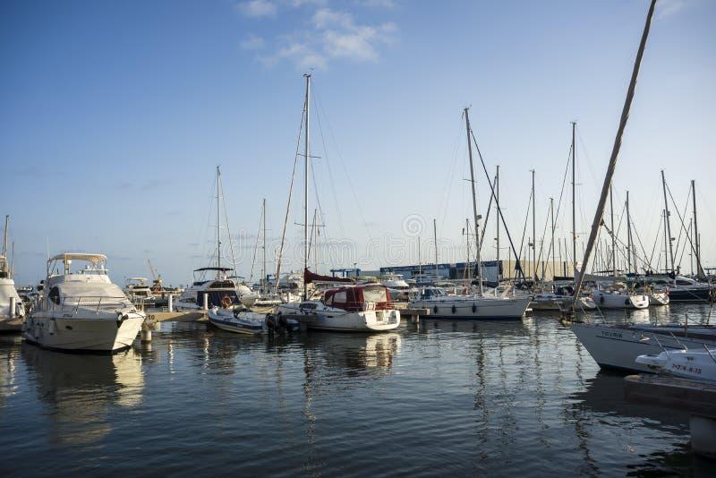 Port av Santa Pola, Alicante, Spanien royaltyfria bilder
