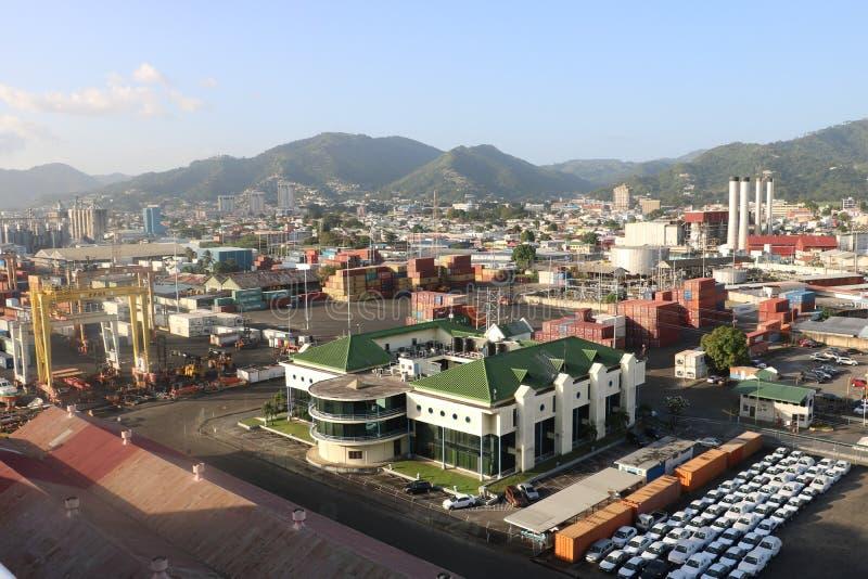 Port - av - Spanien, Trinidad och Tobago royaltyfri bild