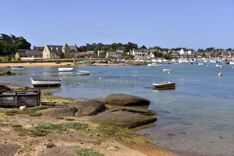 Port av Tregastel i Frankrike arkivfoto