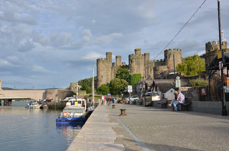 Port Conwy & slott royaltyfri foto