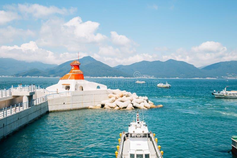 Port d'île d'Oedo-Botania et mer verte dans Geoje, Corée photographie stock
