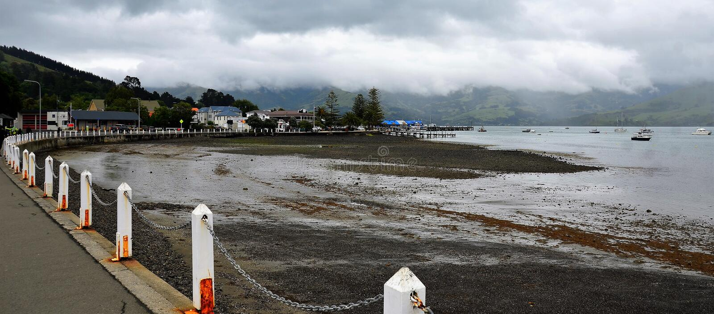 Port d'Akaroa, Nouvelle-Zélande image libre de droits