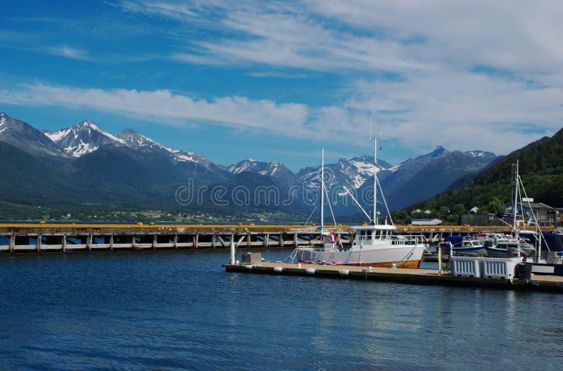Port d'Andalsnes (Norvège) photographie stock libre de droits