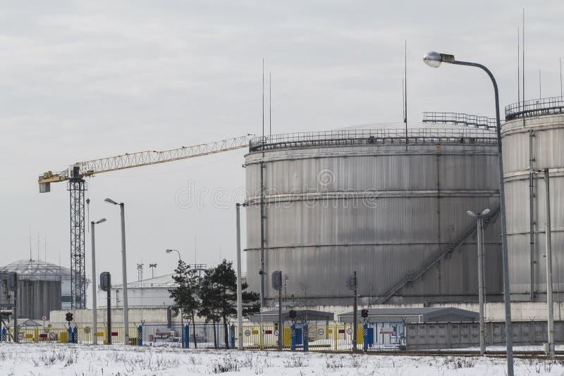 Port d'arrivée ou de départ pour le pétrole image stock