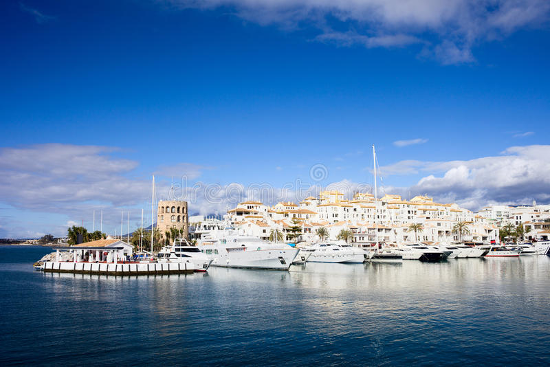 Port dans Puerto Banus photo stock