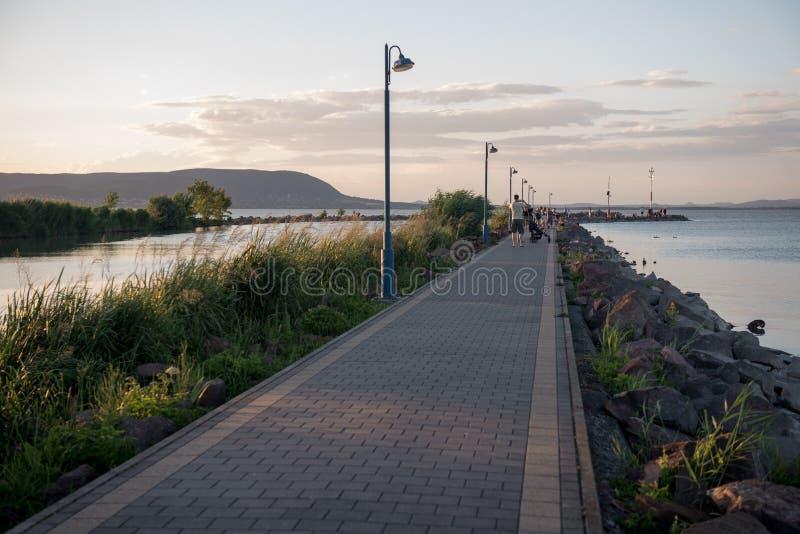 Port de bateau de Balaton dans le ` de Fonyod de ` de la Hongrie photographie stock